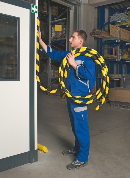 Surface Protection Foam (Trapeze) -Provide visual warning & safety cushioning image