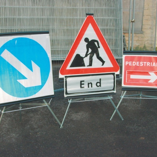 344b0973 trio folding traffic signs