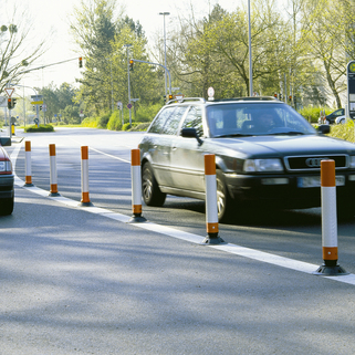 Flexible Post  Extremely Robust (Highway Use) Self Righting perfect for demarcation.