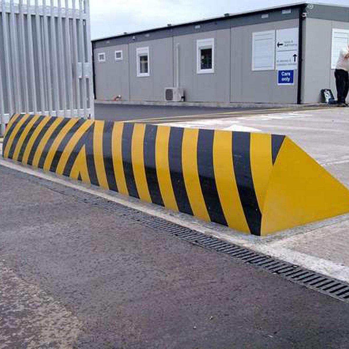 Car Crash Barrier