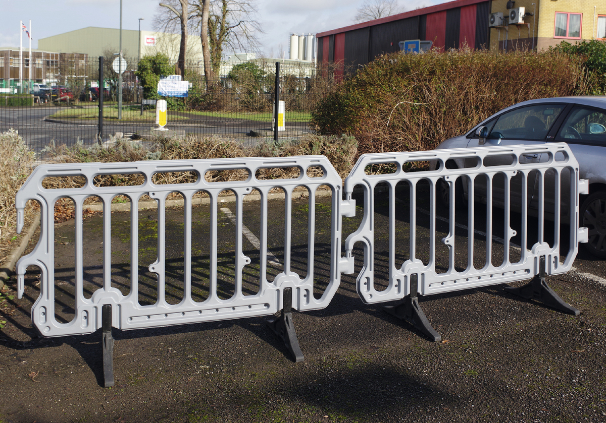 Crowd & Safety Barriers – HDPE easy to handle image