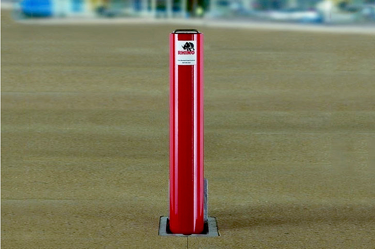UK Support Easy to Lift Heavy Duty White /& Red Removable Security Post