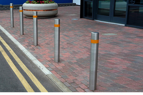 Bollards Hi Vis Stainless Steel (48-168mm DIA) 900mm above ground Grade 304