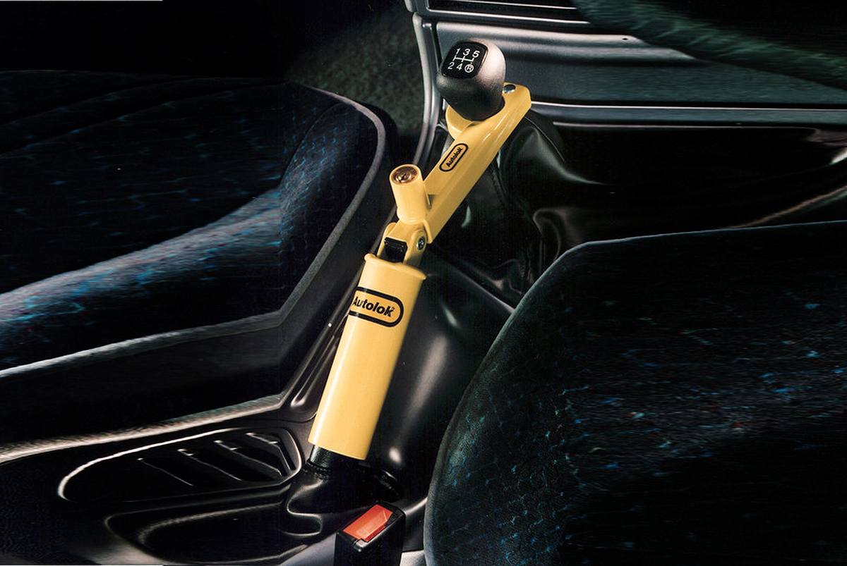 Handbrake to Gear Stick Lock - Fits manual and automatic cars image