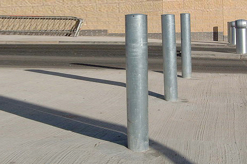 Bollards Mild Steel (60-193mm DIA) 900mm above ground - Tough  image