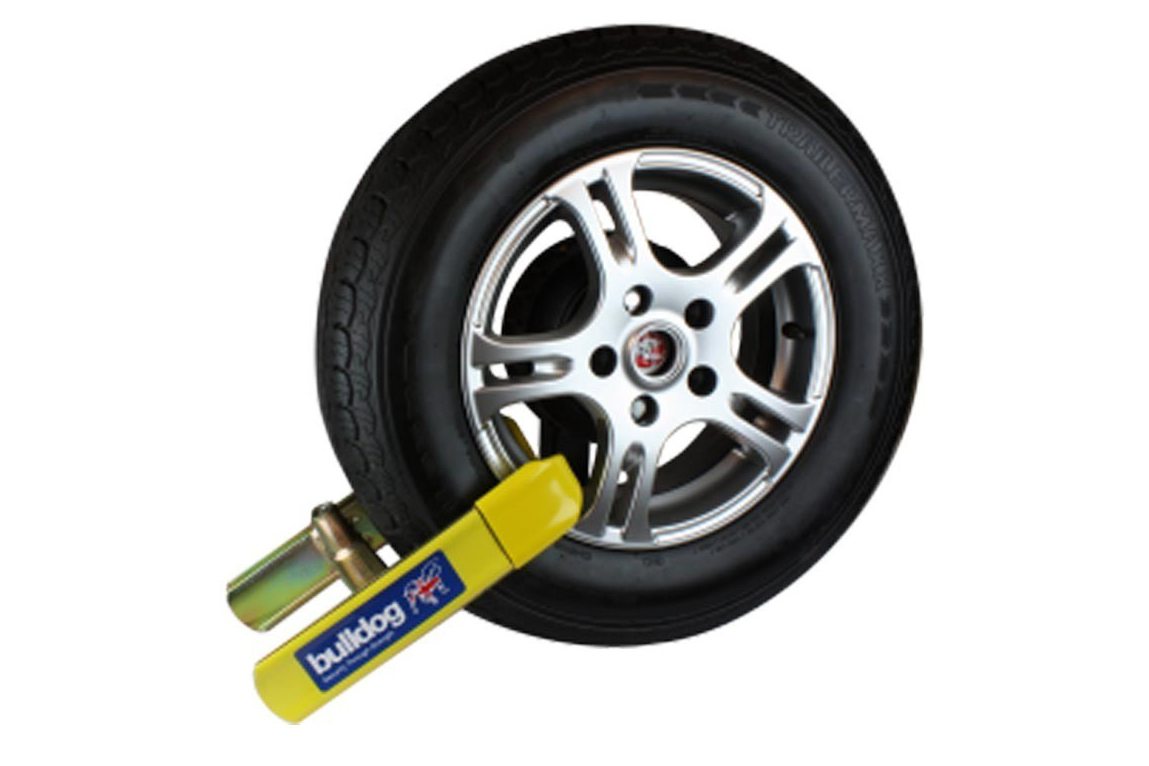 Wheel Clamp-Bulldog Euroclamp - Loved by vehicle Insurances and suitable for all vehicles image